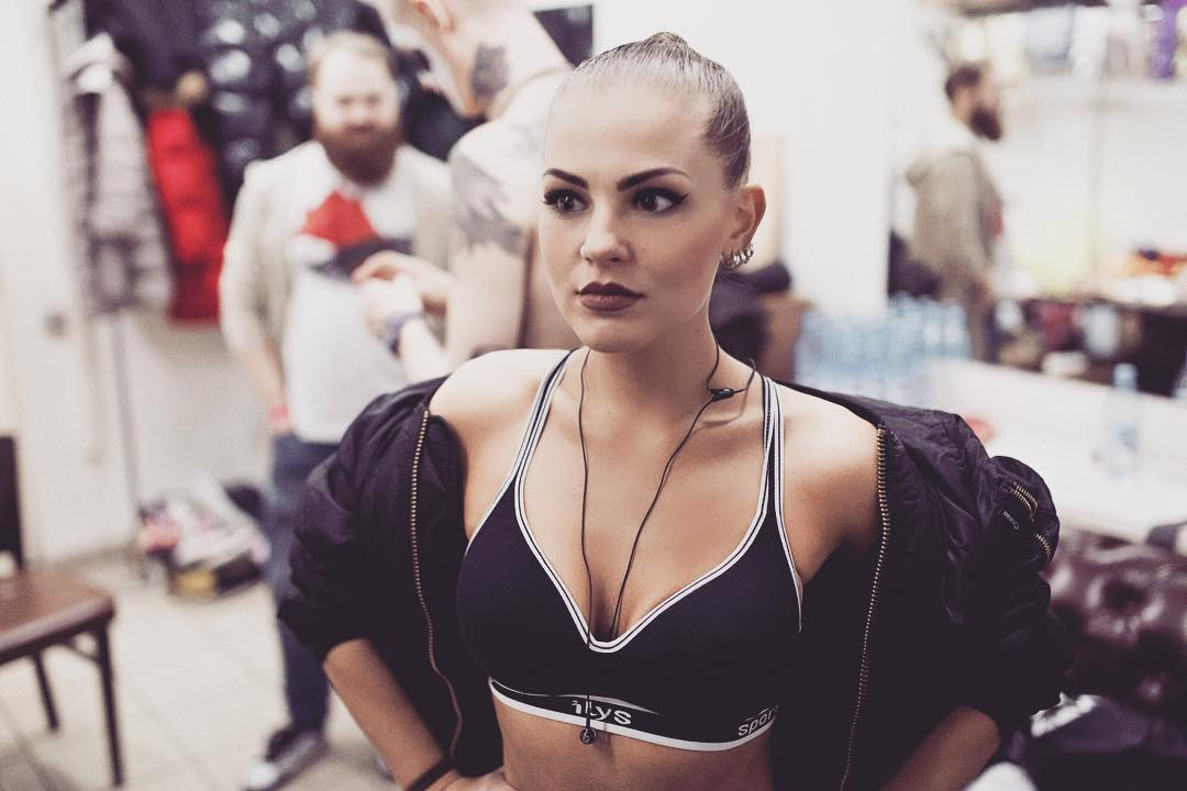 Голая Соня Таюрская слив горячих фото 18+ без цензуры