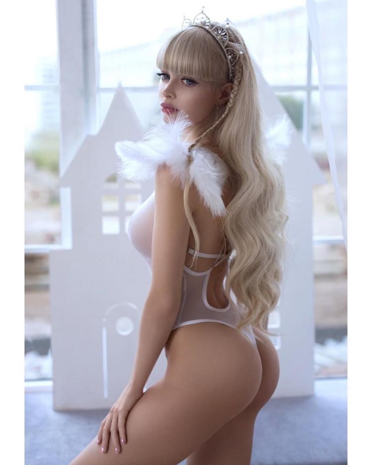 Русская Барби Анжелика Обнаженная