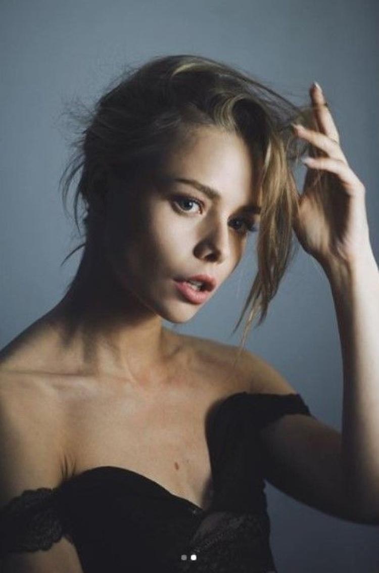 Анастасия Акатова горячие интим фото