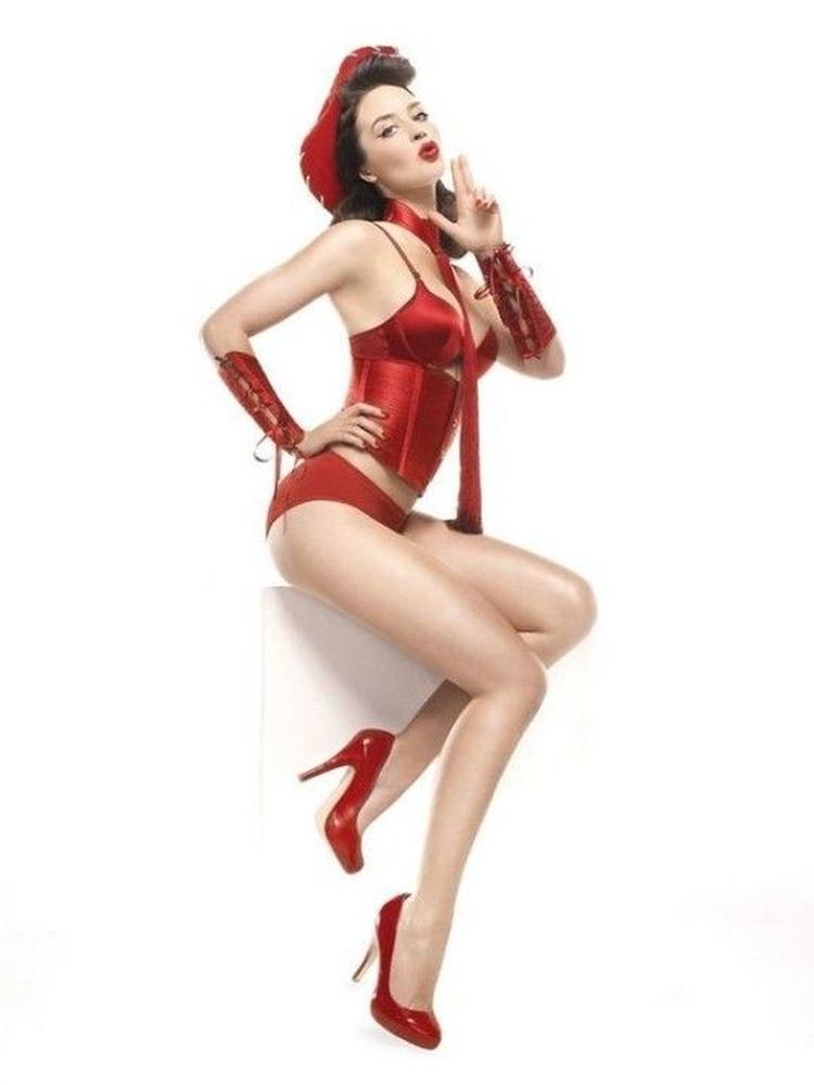 Эмили Блант горячие интим фото