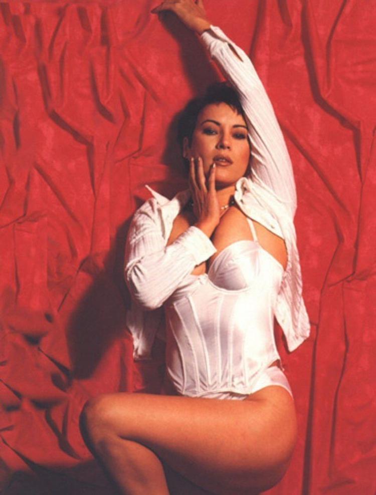 Дженнифер Тилли горячие интим фото