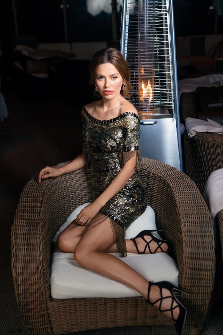 Телеведущая Виктория Боня из Дом-2 горячие интим фото