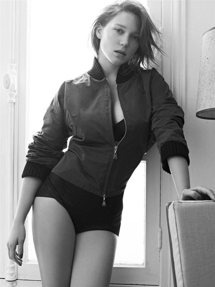 Французская киноактриса и модель Леа Сейду горячие интим фото