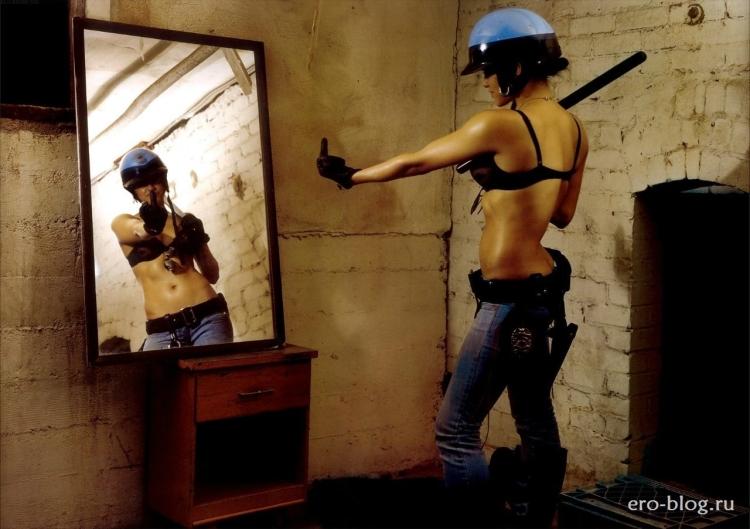 Американская актриса из Аватара и Форсажа Мишель Родригес горячие интим фото