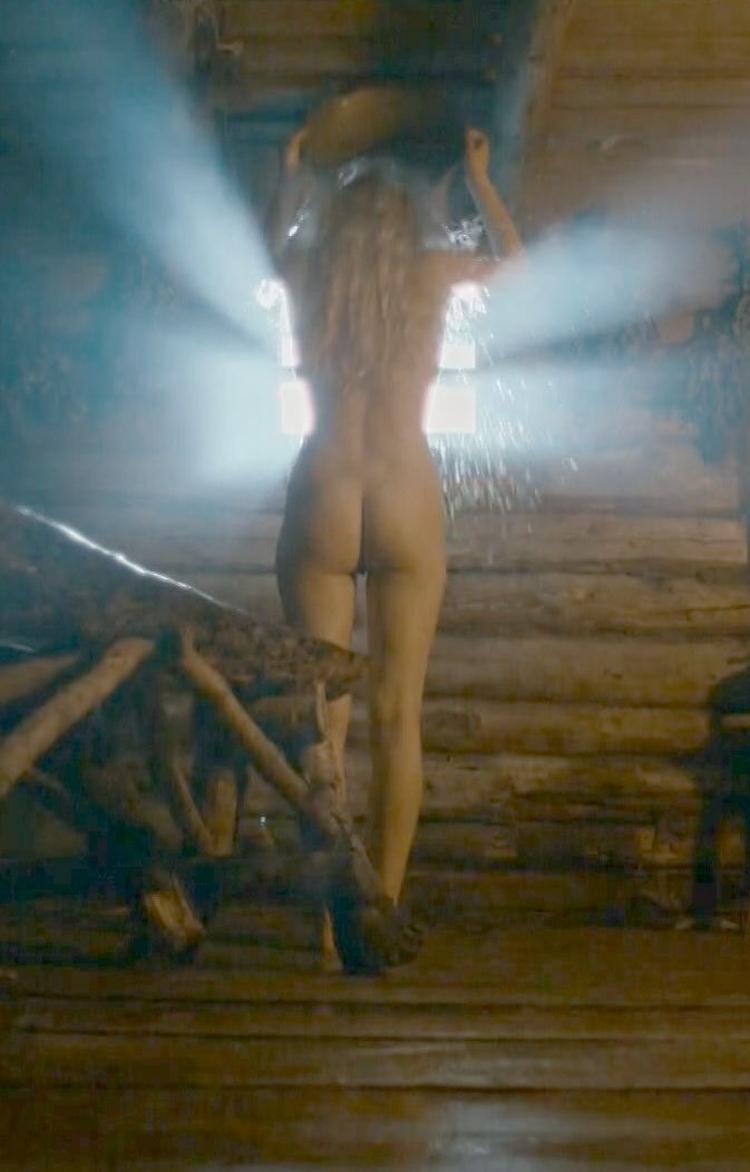 Российская актриса Карина Андоленко горячие интим фото