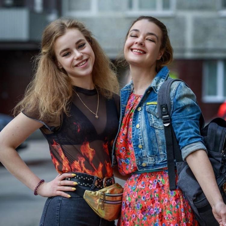 Лена Полено из сериала «Счастливы вместе» Юлия Захарова горячие интим фото