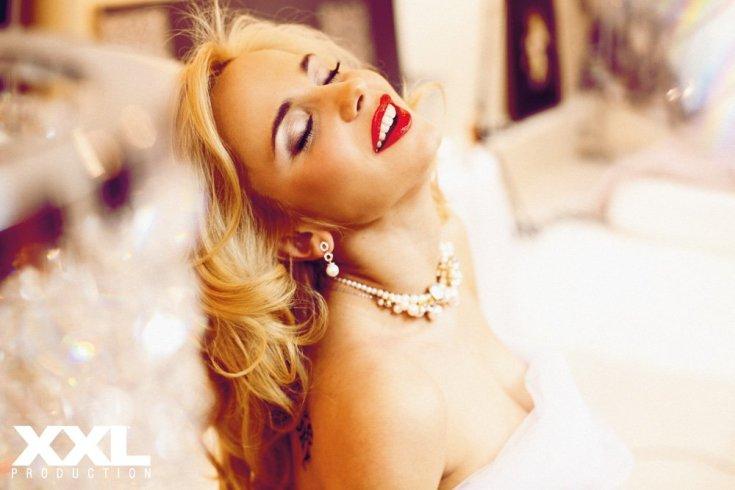 Украинская актриса Лилия Ребрик горячие интим фото