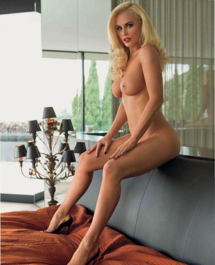 Американская актриса Дженни Маккарти горячие интим фото