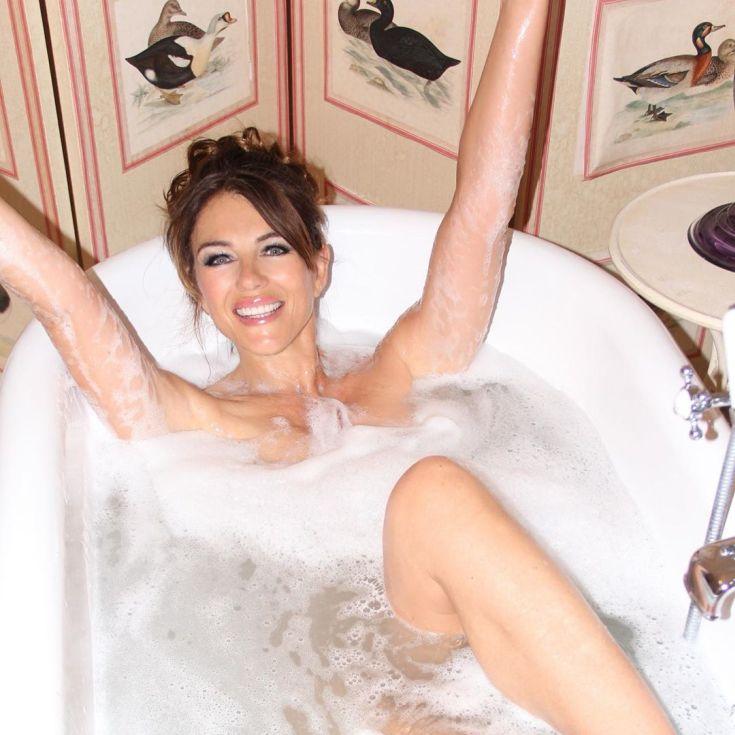Британская актриса Элизабет Херли горячие интим фото