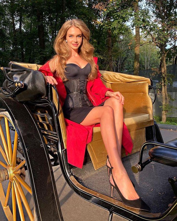 Российская модель Мисс Россия — 2019 Алина Санько горячие интим фото