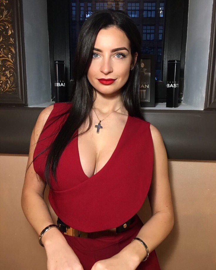 Российская актриса Яна Аносова горячие интим фото