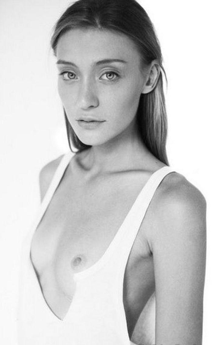 Модель, блогер и телеведущая Мария Миногарова горячие интим фото