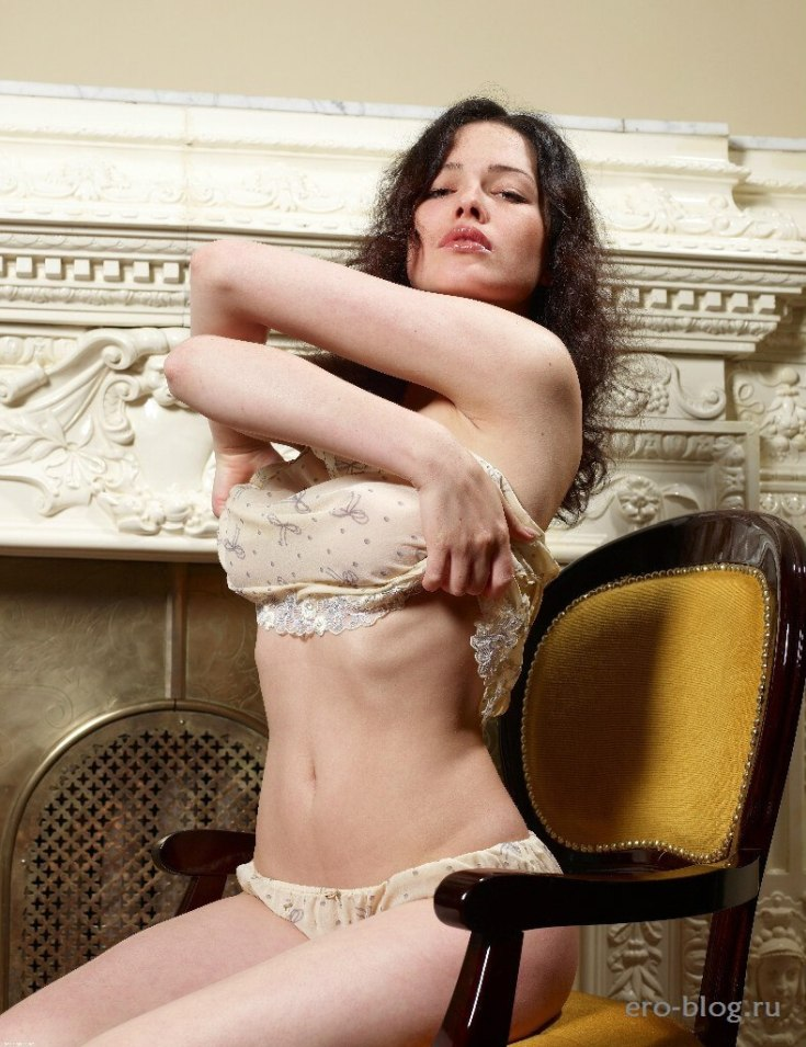 Украинская модель из группы NikitA Дарья Астафьева горячие интим фото