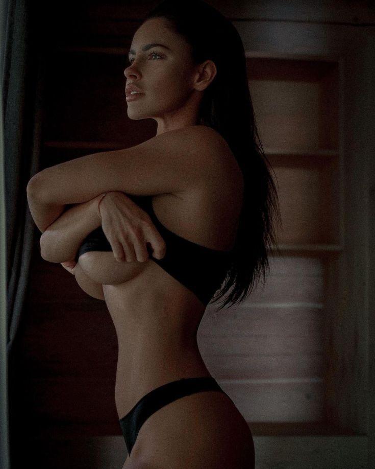 Модель Люсия Яворчекова горячие интим фото
